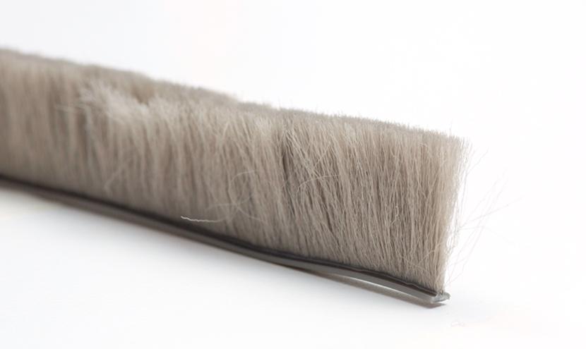 モヘアDタイプ。三恵ネットの網戸すき間材モヘア・パイルウェザーシール製品一覧。