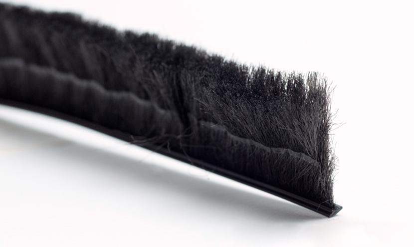 モヘア倒れ防止溶着Dタイプ。三恵ネットの網戸すき間材モヘア・パイルウェザーシール製品一覧。