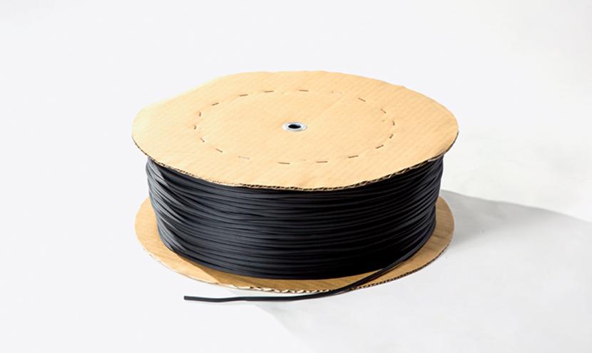 網押さえゴムギザ付き色はブラック。網戸張り替え網押さえゴム製品一覧。