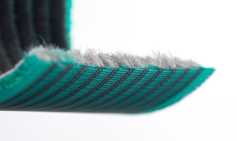 モヘア汎用タイプ。三恵ネットの気密材モヘア・パイルウェザーシールの製造について。